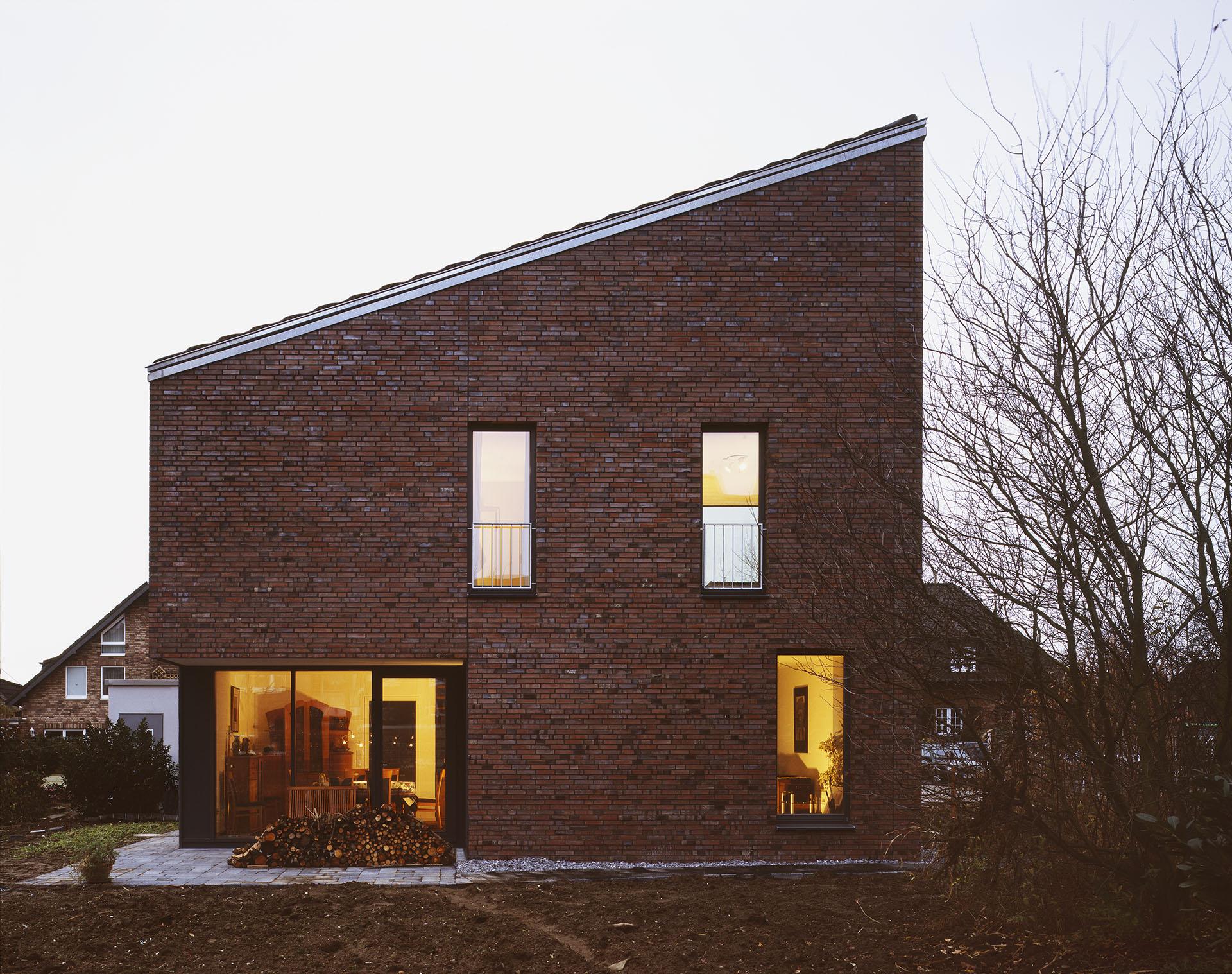 haus s p einfamilienhaus in neuss d sseldorf duda architekten. Black Bedroom Furniture Sets. Home Design Ideas